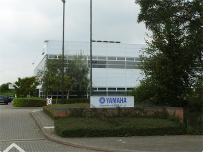 yamaha-page-image-01